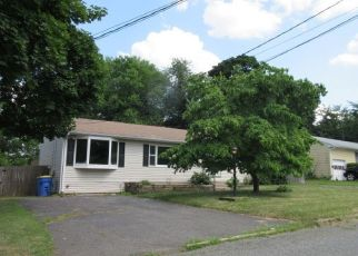Foreclosed Home in SHIELDS AVE, South Bound Brook, NJ - 08880