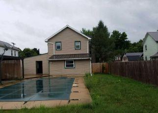 Foreclosed Home en CARPENTER ST, Muncy, PA - 17756