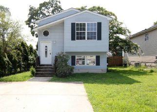 Casa en ejecución hipotecaria in Glen Burnie, MD, 21060,  OVERHILL RD ID: F4290469