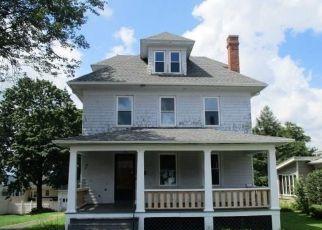 Casa en ejecución hipotecaria in Waterbury, CT, 06710,  CONCORD ST ID: F4290498