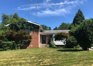 Foreclosed Home in KATHRYN RD, Silver Spring, MD - 20904
