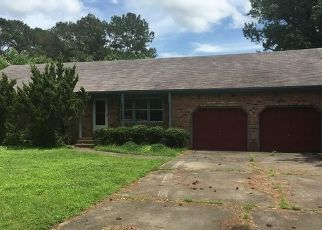 Foreclosed Home in FOREST PARK RD, Elizabeth City, NC - 27909