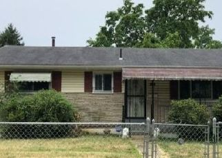 Foreclosed Home en DRYLOG ST, Capitol Heights, MD - 20743