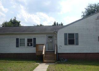 Foreclosed Home en WOOTTENS LN, Burtonsville, MD - 20866