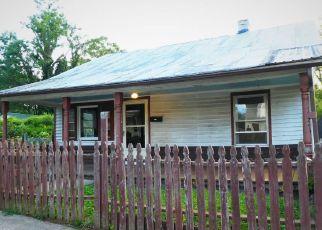Foreclosed Home en N MADISON ST, Orange, VA - 22960