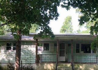 Foreclosed Home in YORKETOWN RD, Woodstown, NJ - 08098