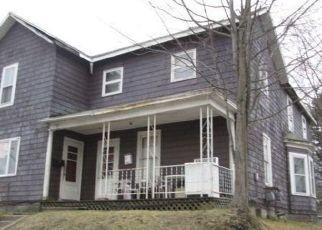 Foreclosed Home en WELSH ST, Kane, PA - 16735