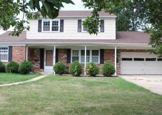 Foreclosed Home in HEATHER RD, Oaklyn, NJ - 08107