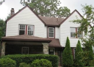 Foreclosed Home en BLYTHE AVE, Drexel Hill, PA - 19026