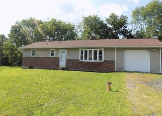 Foreclosed Home en BERTIES RD, Stroudsburg, PA - 18360