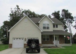 Foreclosed Home in GROVE AVE, West Berlin, NJ - 08091
