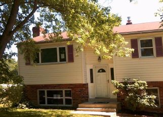 Foreclosed Home en ROHACH RD, Aston, PA - 19014