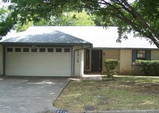 Foreclosed Home in LOMA VISTA DR, Fort Worth, TX - 76133