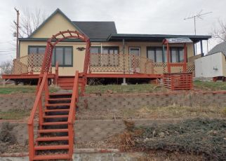 Foreclosed Home en FRONT ST S, Cascade, MT - 59421