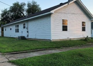 Foreclosed Home en CHESTNUT ST, Crystal City, MO - 63019