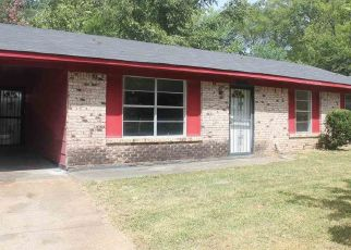 Foreclosed Home in QUEEN MARY LN, Jackson, MS - 39209