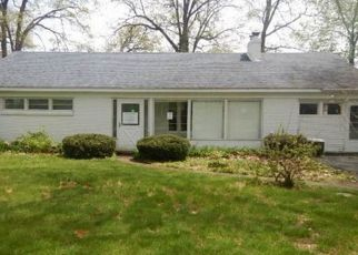 Foreclosed Home in S BROWN ST, Jackson, MI - 49203