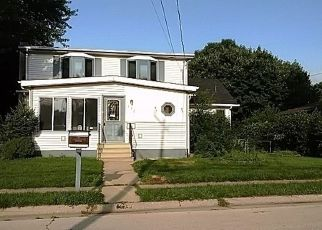 Foreclosed Home in S LAWRENCE ST, Cherry Valley, IL - 61016