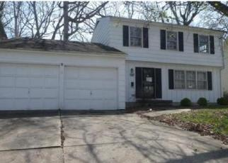 Foreclosed Home in HACKBERRY DR, Decatur, IL - 62521