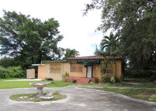 Foreclosed Home en NW 112TH TER, Miami, FL - 33167