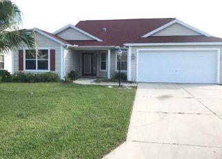 Foreclosed Home en GLENWOOD PL, Lady Lake, FL - 32162