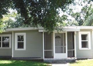 Foreclosed Home en E PALMETTO ST, Wauchula, FL - 33873