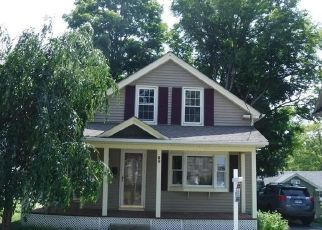 Foreclosed Home en HIGH ST, Stafford Springs, CT - 06076