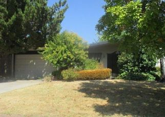 Foreclosed Home en COMSTOCK WAY, Carmichael, CA - 95608