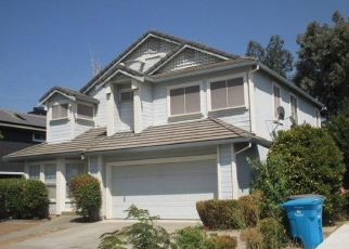 Foreclosed Home in WHITE OAK LN, Vacaville, CA - 95687