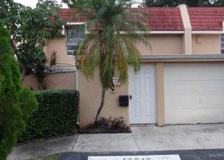 Foreclosed Home in BOBOLINK DR, Hialeah, FL - 33015