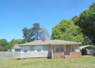 Foreclosure Home in Greenville, SC, 29605,  HENDERSON AVE ID: F4293190