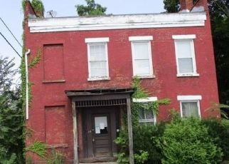 Foreclosed Home en 116TH ST, Troy, NY - 12182