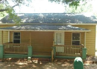 Foreclosed Home en LUCKY ST, Easley, SC - 29640