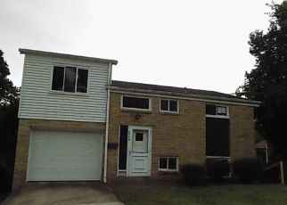 Foreclosed Home en WOODROW AVE, Pittsburgh, PA - 15227