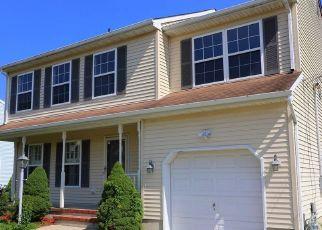 Foreclosed Home in SPRAY AVE, Beachwood, NJ - 08722