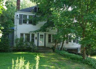 Foreclosed Home en BROAD ST, Bethel Park, PA - 15102