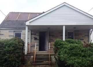 Foreclosed Home in POST BLVD, Carteret, NJ - 07008