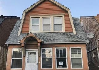Foreclosed Home en PALMER AVE, Staten Island, NY - 10302