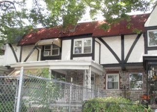 Foreclosed Home en GLENTHORNE RD, Upper Darby, PA - 19082
