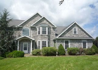Foreclosed Home en SAINT ANDREWS DR, Fleetwood, PA - 19522