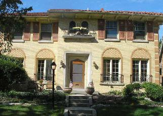 Foreclosed Home in N OAK PARK AVE, Oak Park, IL - 60302