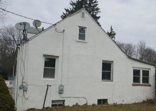 Casa en ejecución hipotecaria in Temple Hills, MD, 20748,  LUCERNE RD ID: F4293812