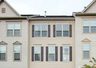 Foreclosed Home en CARINOSO CIR, Severn, MD - 21144
