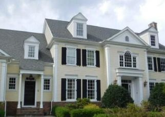 Foreclosed Home en SPLIT ROCK RD, Bethany, CT - 06524