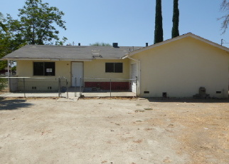 Foreclosed Home en E 2ND ST, San Jacinto, CA - 92583