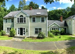 Foreclosed Home in CEDAR GROVE RD, Southbury, CT - 06488