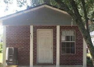 Casa en ejecución hipotecaria in Jacksonville, FL, 32210,  OSTEEN ST ID: F4294065