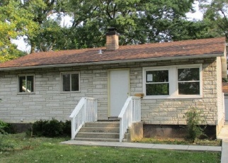 Foreclosed Home en W 157TH PL, Harvey, IL - 60426