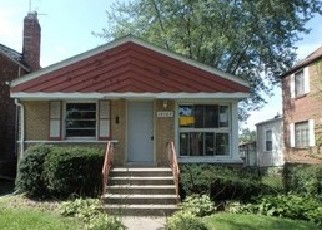 Foreclosed Home en S STATE ST, Riverdale, IL - 60827