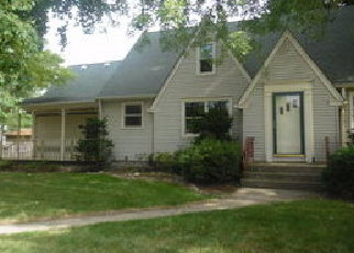 Foreclosed Home in E 164TH PL, South Holland, IL - 60473